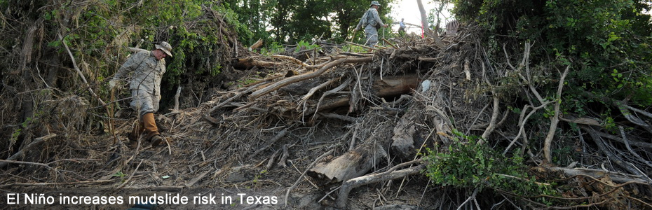 Blanco Texas flooding Jun 3 2015 Urban_Search_and_Rescue_team,_Texas_Task_Force_2_and_members_of_the_Texas_State_Guard by Jocelyn Augustino from FEMA