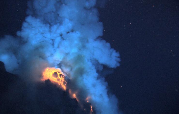 Underwater lava eruption at West Mata