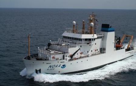 photo of the NOAA Ship Oscar Dyson